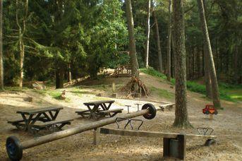 Fahrradrastplätze im Heseler Wald